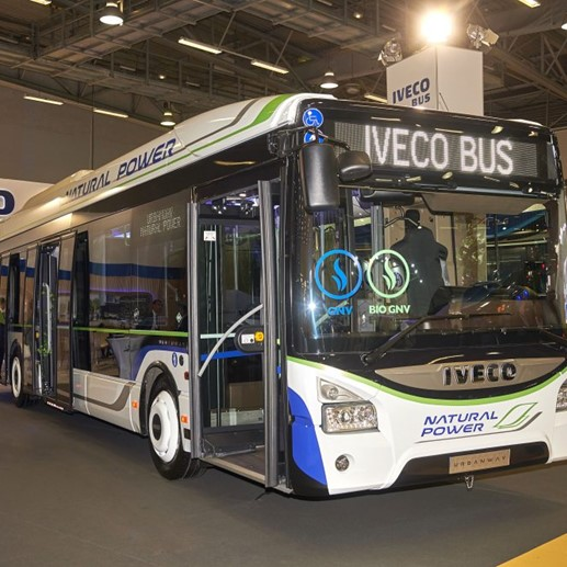 IVECO BUS PARIJS NATURAL POWER